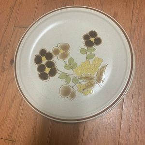 Hearthside Stoneware Floral Expressions Plate